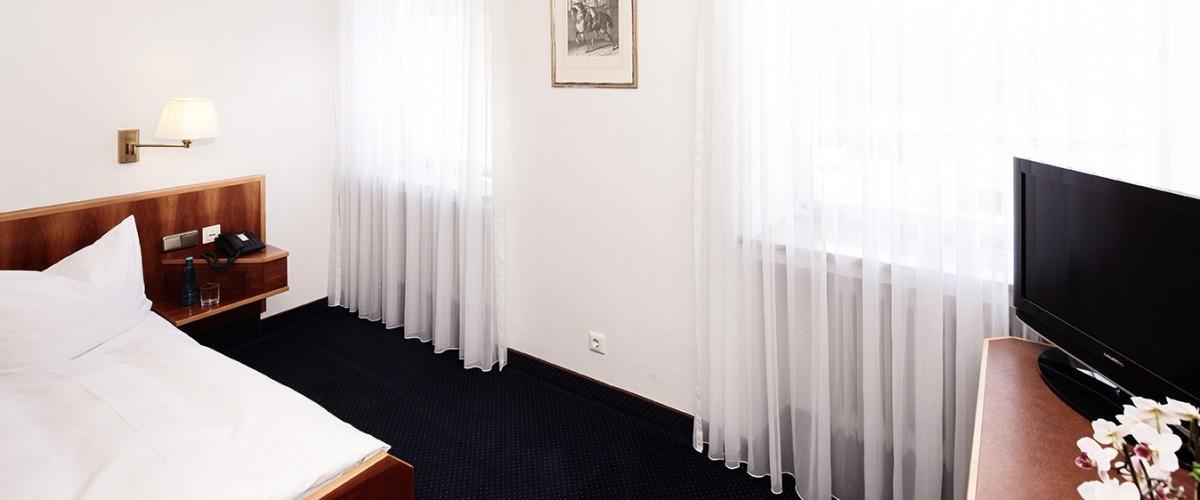 hotelzimmer-hotel-burgmeier